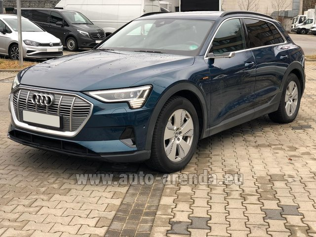 Rental Audi e-tron 55 quattro (electric car) in Valencia