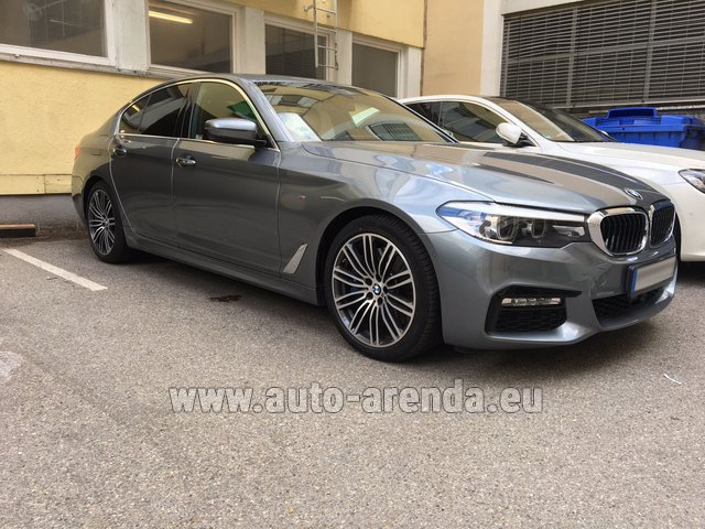 Rental BMW 540i M in San Sebastian