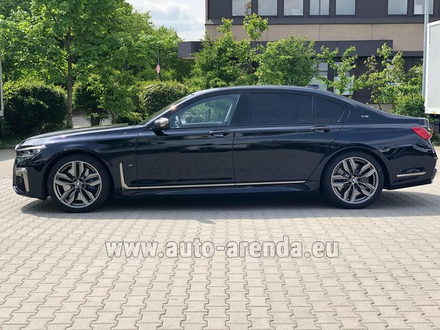 Rental BMW M760Li xDrive V12 in Spain