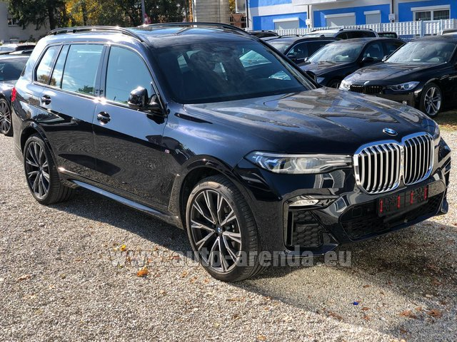Rental BMW X7 xDrive40i in Spain