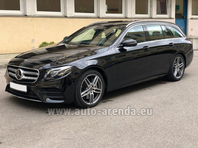 Rental Mercedes-Benz E 450 4MATIC T-Model AMG equipment in Spain