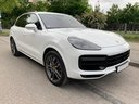 Rent-a-car Porsche Cayenne Turbo V8 550 hp in Spain, photo 2