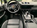 Rent-a-car Porsche Cayenne Turbo V8 550 hp in Spain, photo 6