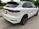 Rent-a-car Porsche Cayenne Turbo V8 550 hp in Spain, photo 4