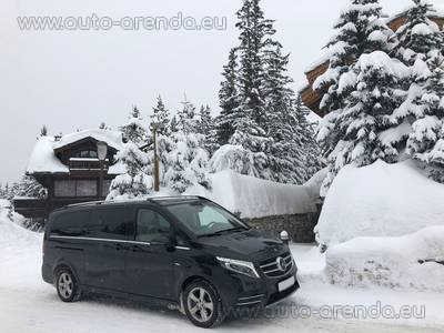 Мерседес-Бенц V250 4Matic EXTRA LONG (1+7 мест) комплектация AMG для трансферов из аэропортов и городов в Испании и Европе.